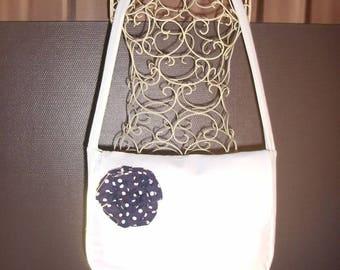 Fancy bag model white flower