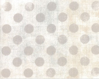 Grunge Hits The Spot - White Paper Basic Grey for Moda, 1/2 yard, 30149 11