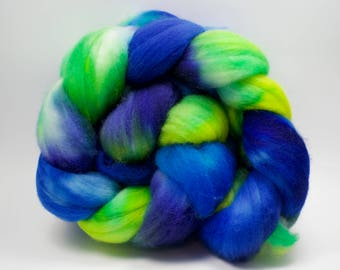 Spinning Fibre - Superwash BFL - 100g, 3.5 oz - Wool Top - Blue and Green Roving - Blue Faced Leicester