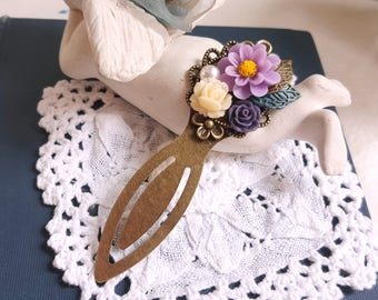 Antiqued metal clip bookmark Flower jewelry Purple flower assemblage Gift bookmark Flower cluster
