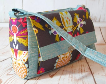 Crossbody, shoulder bag, bag with adjustable strap made with Alison Glass Ex Libris cotton, handmade in Great Britain