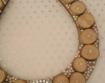 Rustic wooden wedding Horseshoe decorated with pearls and driftwood discs, Lucky Horseshoe, bridal gift, wedding keepsake, rustic wedding