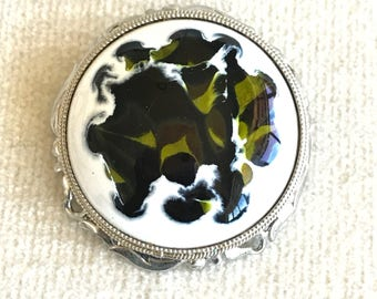 Abstract brooch