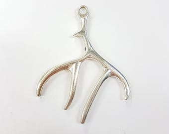 1 x 51mm Antique Silver Deer Antler Pendant