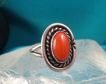 ON SALE Ring Southwest Coral Old Ring Sterling Silver Native Cab Sz 6 Gemstone #272