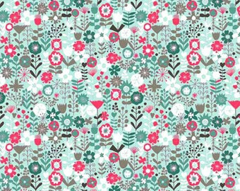 Kids fabric Fat Quarter 45cm x 55cm patchwork cotton Makower - Turquoise Flowers - flowers on turquoise background