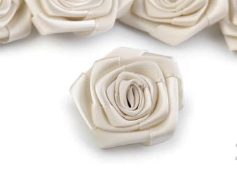 Big flower ivory 4 cm diameter satin