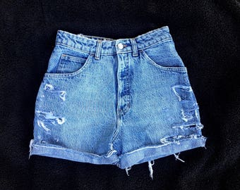 "25"" Waist Vintage Gap Cut Off Jean Shorts"