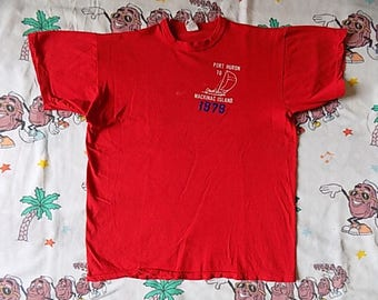 Vintage 70's Port Huron to Mackinac Island Boat Race T shirt, size Small 1979 Russell Athletic Gold Label