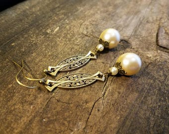Pearl Earrings, Victorian Style Earrings, Wedding Earrings