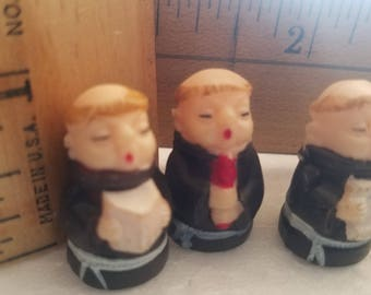 LoT 45 Religiois Monks or Priests Miniature Vintage NOS