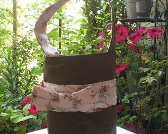 shabby chic style round handbag