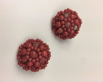 coral glass bead cluster clip on earrings 50s