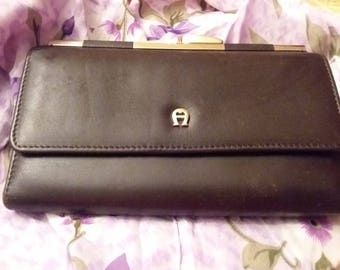 Vintage Etienne Aigner Brown Leather Wallet Excellent Condition