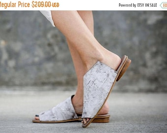 CIJ SALE White Sandals, Leather Sandals, Handmade Sandals, Summer Shoes, White Summer Flats, Slide Sandals, Mules, Charlotte