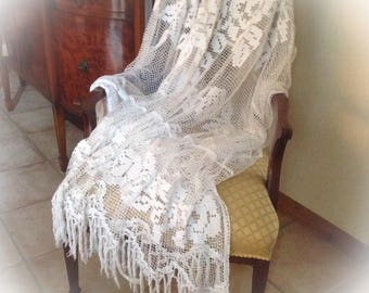 """Vintage French Filet Lace Cotton Bedspread, tassels on the Floor Edges. Ideal for Shabby Chic Bedroom. Floral Pattern. 104"""" wide 64"""" long."""