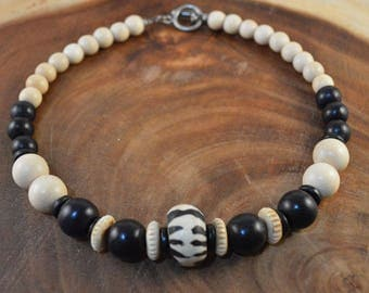 Wood Bead Necklace, African Trade Bead, Chunky Necklace, Wood Necklace, Bohemian Jewelry, Black Necklace