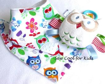 Owl baby gift Set Pram toy bib bandana style teether bib