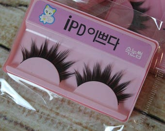 Fake eyelashes for BJD Pullip and Blythe dolls