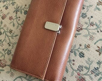 Vintage Liz Claiborne Wallet With Lots Of Compartments