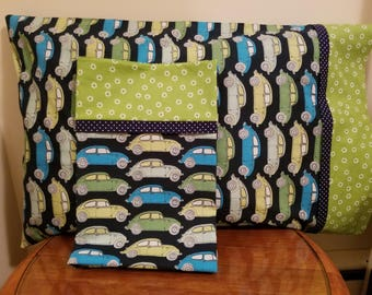 Set of 2 Pillowcases with Classic VW Beetles Print