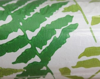 Roll of Unopened Vintage Sears Green Fern Wallpaper Dry Strippable Scrubbable Prepasted