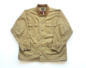 PATAGONIA Sherpa lined fleece jean jacket denim jacket size mens XL button up corduroy collar & flip cuff tribal aztec pattern