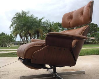 SOLD!!!  Reduced Mid Century Modern Eames style recliner by Selig