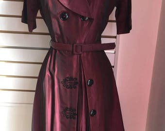 40% OFF SALE AS Is Bargain! 1940s to 1950s Burgundy Irridescent Taffeta Party Dress 36-27-full Small to Medium