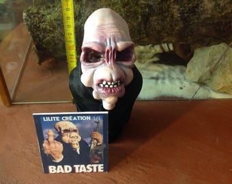 Bad Taste (small bust)