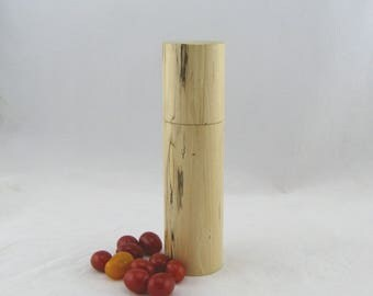 Spices and peppermill grinder in Spalted maple,Cylinder style with rod mechanisme  9 in. Item no: 588