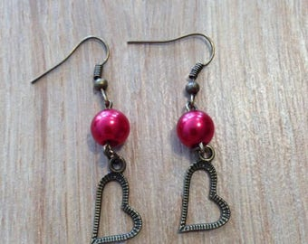 Earrings dangling hearts and red beads