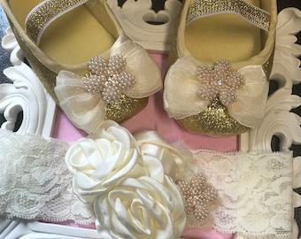 Gold and ivory baby girl shoes set. Newborn  gold/ ivory baptism , Christening shoes set.