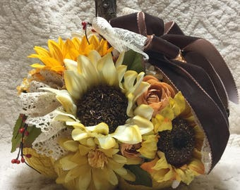BEAUTIFUL Handcrafted Sunflower Sweater Pumpkin - Unique