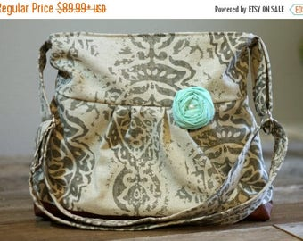 CHRISTMAS SALE CONCEALED Carry Purse, Medium Messenger Bag, Tan Damask, Conceal Carry Handbag, Concealed Carry Purse, Conceal and Carry, Mes