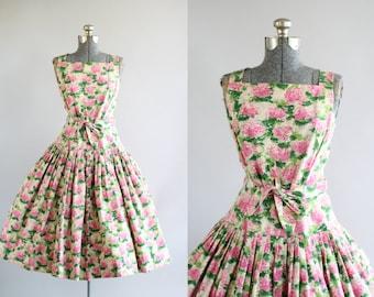 Vintage 1950s Dress / 50s Party Dress / Blum's Vogue Chicago Pink and Green Hydrangea Print Party Cocktail Wedding Dress w/ Waist Tie S