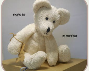 Cuddly bear ivory organic cotton by a world ' bear