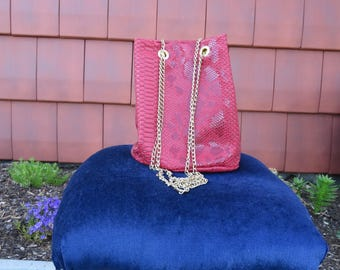 Original and glamourous red leather bucket bag handmade by me