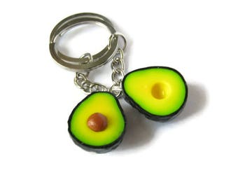 Keychains avocado BFF (The price is for 2 keychains , both halves 1 avocado) gift for someone special , polymer clay , kawaii , mini food