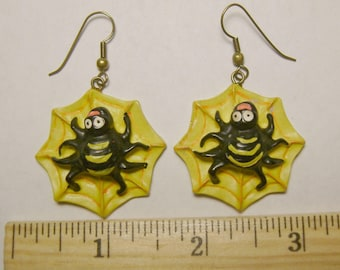 SALE Halloween Spider Earrings, Vintage Spider in web, Piercd, Plastic Composite, Raised, 3D