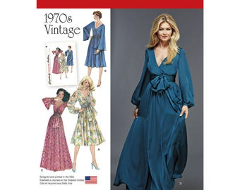 Simplicity Pattern 8013 Misses' Vintage 1970s Dresses'