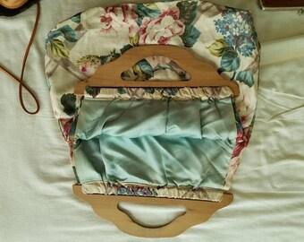 Wood Handle Purse, Floral handbag, flower print tote bag, floral print purse