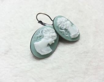 Boucles d'oreilles ovales Grands Camées bleues