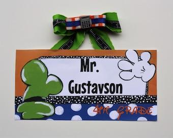Mickey's World Teacher Sign -- Goofy