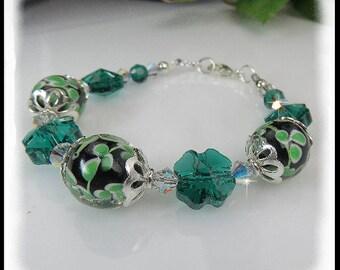 St Patricks Day jewelry,  2097, Emerald Shamrock Crystals,  Lampwork Glass Bracelet, Green Jewelry,  Green Flower Lampwork Glassy