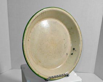Green Enamel Pie Tin,Green Enamel Kitchen Ware,Green Enamelware,Enamel Pie Tin,Old Enamel Pie Tin,Green Granite Pie Tin,Enamelware Pie Plate