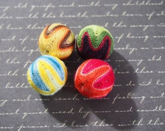 4 wooden beads covered with multicolored (1) 20mm cotton yarn