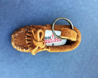 Moccasin Minnetonka Brown Leather Key Ring with Orginal Box