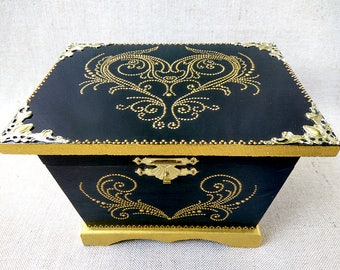 Jewellery box, decoupage box, Jewelry storage, keepsake box, jewelry casket, hand painting, black box, small items, Gift woman, ready work