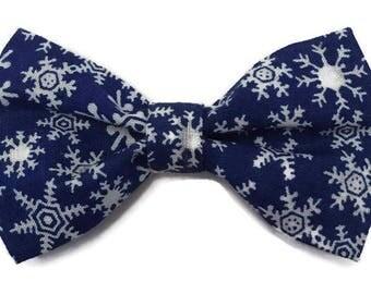 Winter bow tie, snowflake bow tie, Hanukkah bow tie, Christmas bow tie, holiday bow tie, festive bow tie, blue bow tie, clip on bow tie
